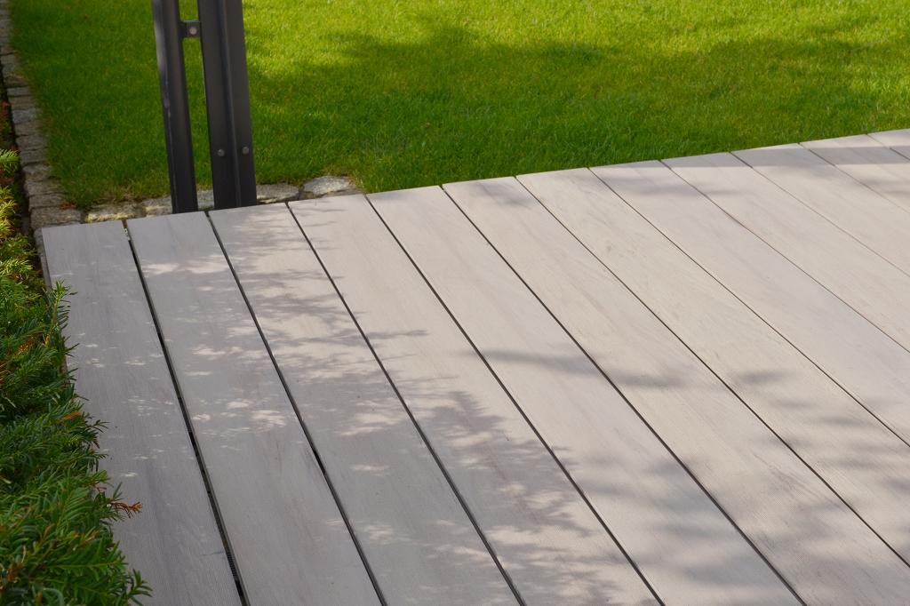grojasolid efecto bpc terrassendiele 140x20 mm bi color. Black Bedroom Furniture Sets. Home Design Ideas